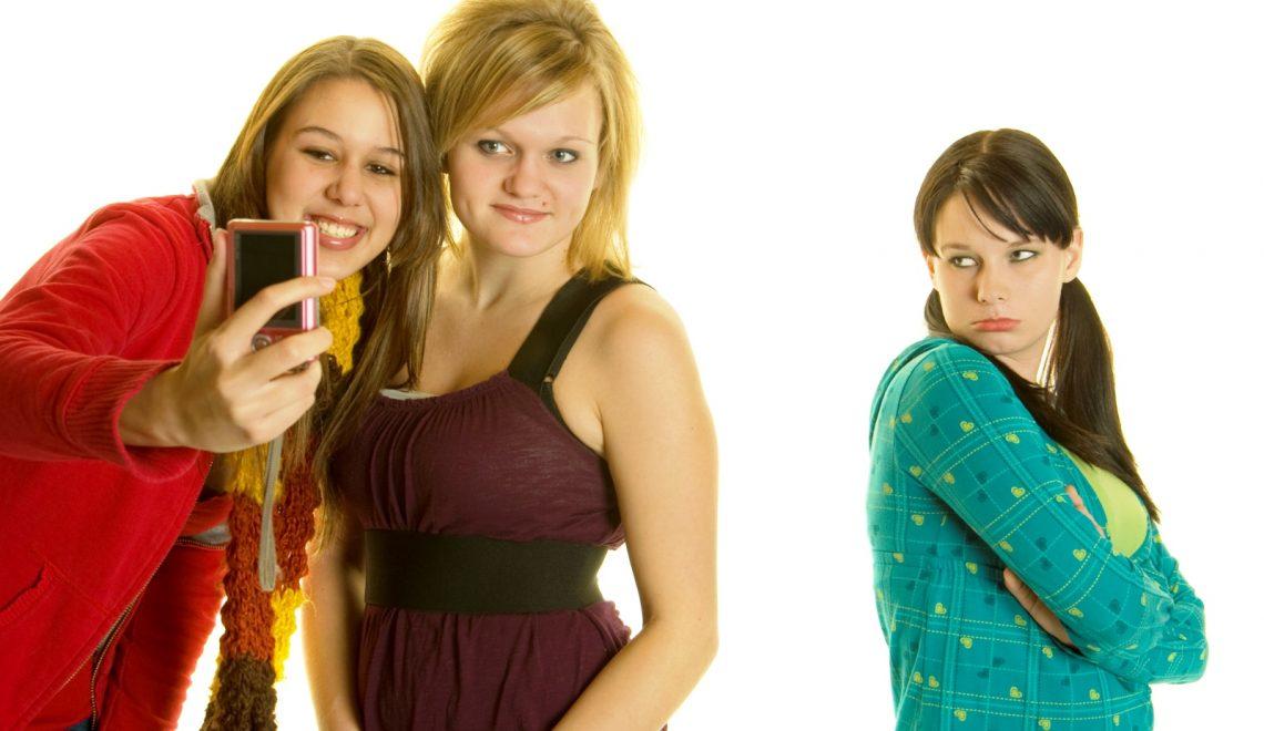 Kıskanç Arkadaşları Nasıl Tespit Edersiniz
