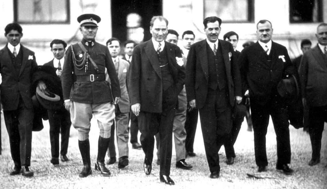 Atatürk Devriminin Felsefesi